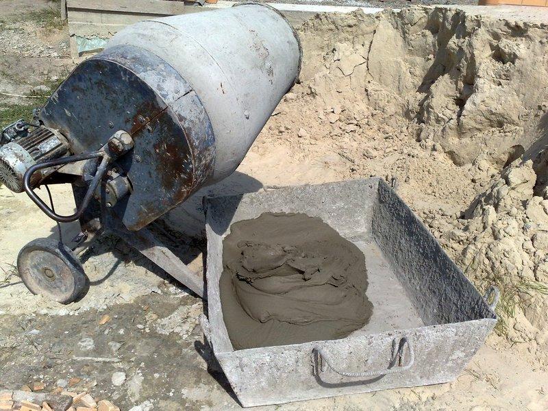 как замесить цементный раствор в миксере