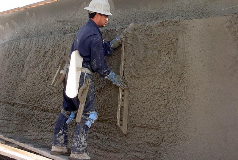 Штукатурка стен цементно песчаным раствором своими руками 86